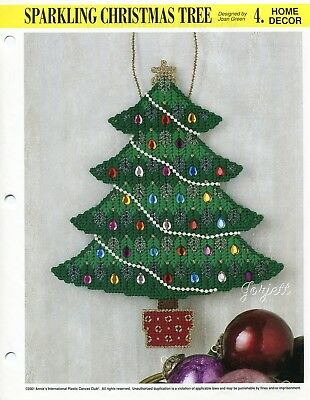 Sparkling Christmas Tree Wall Hanging, Annie's plastic canvas pattern leaflet