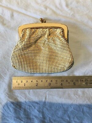 Vintage white mesh coin purse