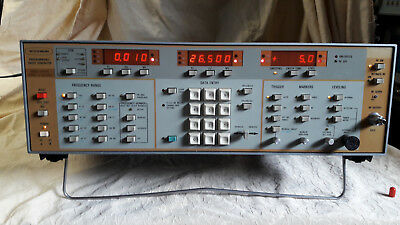 Wiltron 6659A  Sweep Signal Generator, 10 MHz - 26,5 GHz,  opt 03