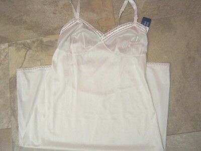 NEW Womens Full White Slip Size 36 Trim in Lace