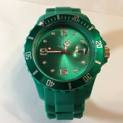 M Resort and Spa Las Vegas Green Gel Band Watch with New Battery!