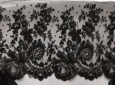 "Beautiful perfect Victorian HANDMADE CHANTILLY LACE 59"" by 12"" - Floral design"