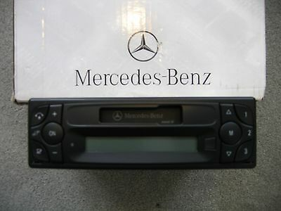 "Mercedes Benz Radio ""Sound 10"" von Becker"