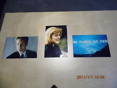 3 Photos David Duchovny und Gilian Anderson und The Truth Is Out There