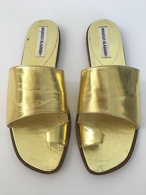 771facf81893e5 MANOLO BLAHNIK Flat Metallic Gold Sandals Sz 39 1 2 ( Made For A Fashion