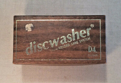 Discwasher D4 Record cleaner brush