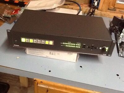 Extron IN1608 Scaling Presentation Switcher tested and working - used.