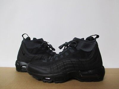 33703a4be154 NIKE AIR MAX 95 Sneakerboot Men s Triple Black 806809-002 Size 8 ...