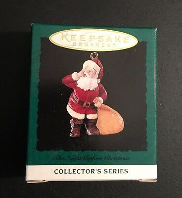Hallmark: THE NIGHT BEFORE CHRISTMAS - #4 in Series  - Miniature - Dated 1995