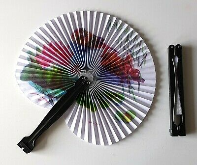 1 x Ladies Girls Oriental Folding Summer Fan Pocket Size New FREE POST