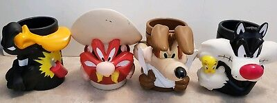 4 xVintage Looney Tunes Warner Brothers Collectable Mug Cup Coyote Daffy Sam Syl