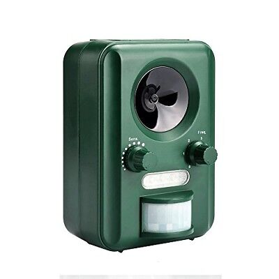 Infrared Ultrasonic Solar Animal Pest Repeller, Dark Green