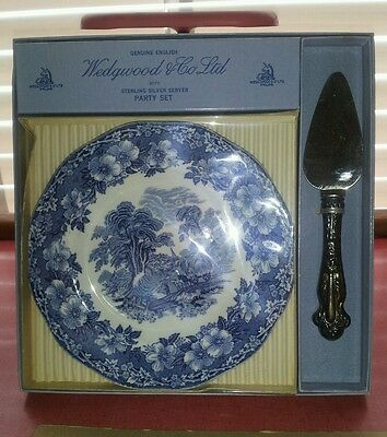 Wedgwood And Co. Ltd With Sterling Silver Party Set Nib