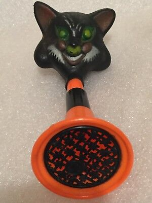 Vintage Fun World plastic HALLOWEEN HORN NOISEMAKER Black Cat Works