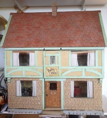 Vintage 1950's Dolls' House, 6 rooms, Lights work (except 1 room) many features