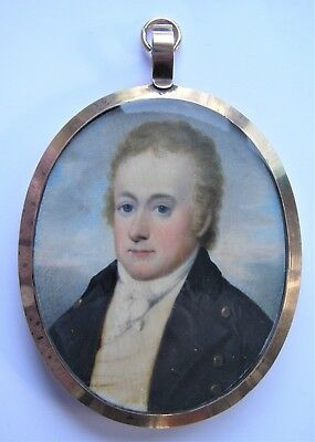 NO RESERVE  Portrait Miniature of a gent c. 1805 Vintage Antique