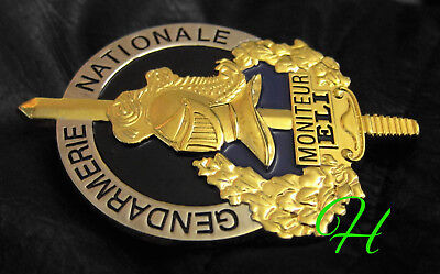 q2/ Historisches police badge + Gendarmerie Nationale Frankreich / Moniteur ELI