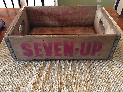 Vintage Bottle 7-Up Natural Wood W/ Faded Red Letters Wooden Crate *guc*