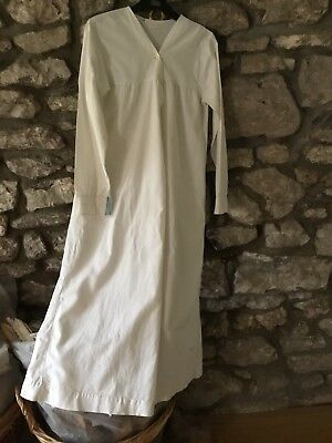 Anique Victorian Nightdress / Gown. Vintage
