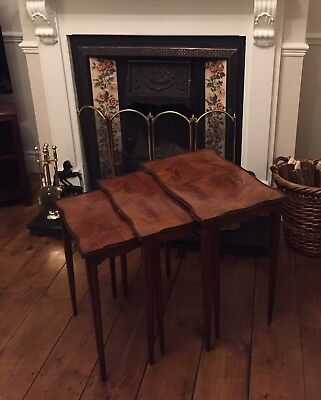 Beautiful Tapered Leg Antique Nest Of Tables