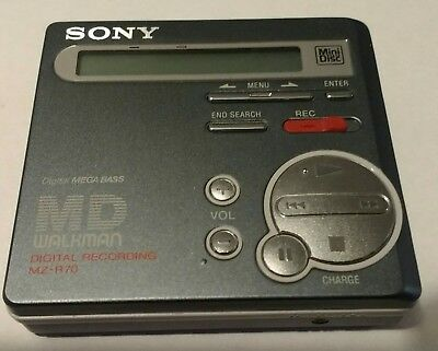 Sony MZ-R70 Minidisc player/recorder with RM-MZ3R remote control & headphones