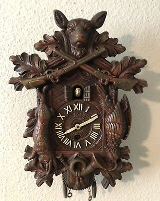 Lux Animated Hunting Scene Cuckoo Pendulette Novelty Clock with Key