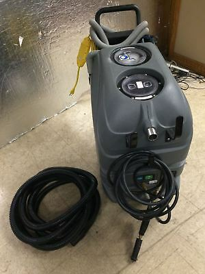 Tennant Nobles All Surface Cleaner CARPET EXTRACTOR ASC-15, Only 16 hours Used