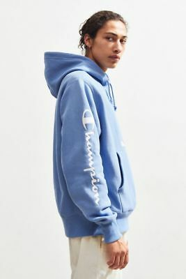 3bdd2633e1c9 Champion X Urban Outfitters UO Embroidered Script Pullover Hoodie SMALL  Sweat