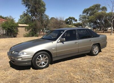 1998 HOLDEN STATESMAN VS Series III Sedan 4dr Auto 4sp 5.0i