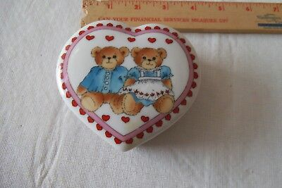 Lucy And Me Heart Shaped Trinket Box Vintage 1982