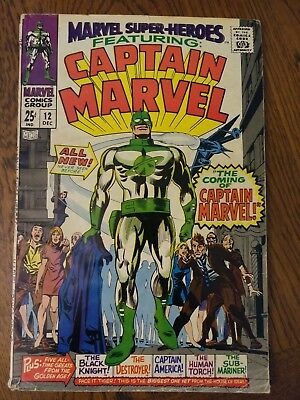 Marvel Super Heroes #12 - 1St Appearance Of Captain Marvel