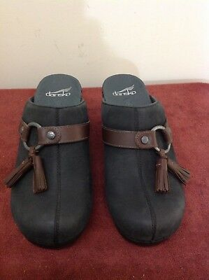 "Dansko NWOB ""black nubuck"" w/ brown tassle clogs US Womens sz. 7.5 -8 /EUR 38"