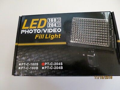 LED Photo/Video   Fill   Light   PT-C-204S      {USED  ONCE}