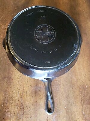Antique Grwiswold #12 Cast Iron Skillet W/Heat Ring Block logo