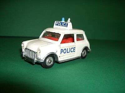 "Mini Cooper ""police""/ ""dinky Toys"" Meccano Made In Englang !! Etwas Bespielt!"