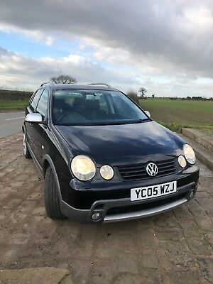 VW Volkswagen Polo Dune 1.2 petrol black low mileage. Full year MOT