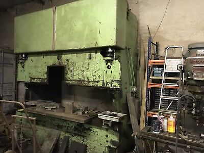 Barnes 175 tonne 3 Metre Hydraulic Press Brake Engineering Press
