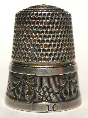 Simons Sterling Silver Thimble with Flowers and Garlands  c.1900s