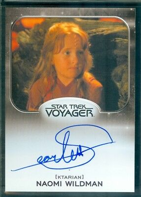 Star Trek Aliens 2014  Scarlett Pomers as Naomi Wildman  Autograph  Card