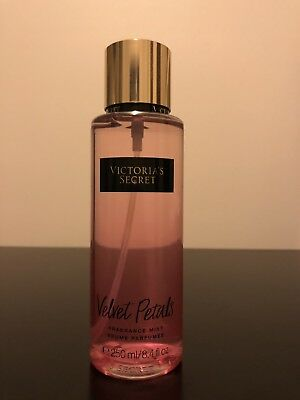 Victoria's Secret Body Mist - Velvet Petals (250ml)