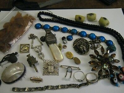 NICE LOT VINTAGE & ANTIQUE SPARE & REPAIR COSTUME JEWELLERY - Georgian onwards