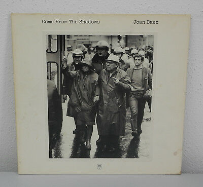 LP – Joan Baez – Come From The Shadows – AM 86134 IT