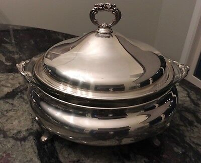 Vintage 3 Quart Poole Silver Plated Banquet Server with Pyrex Glass Insert  #818