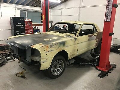 1966 Ford Mustang V8 Coupe - Project