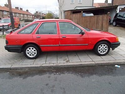 ford sierra 1988 hatchback 6 months mot runs / drives not yr usual rusty sierra