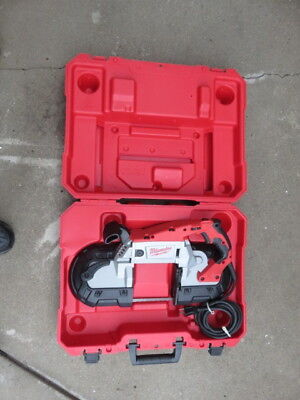 Milwaukee 6232-20 deep cut variable speed band saw with light