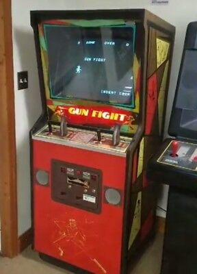 1975 Midway Gunfight Arcade Video Game- Working in nice condition