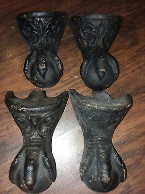 Antique Cast Iron Claw Foot Feet For Tub Lot of 4