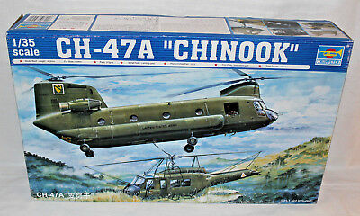 Trumpeter 05104 Ch-47A Chinook Helicopter 1:35