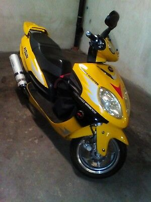 Scooter 150 ccm